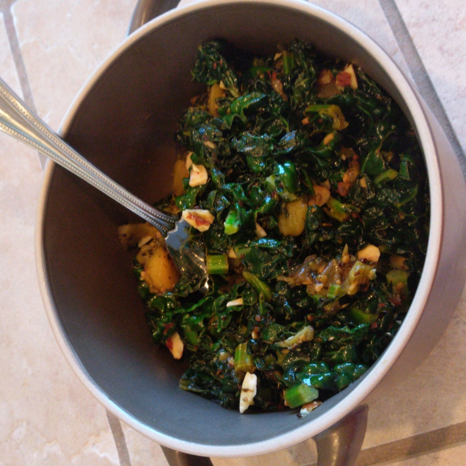 Kale with Kiwi Tara Martin