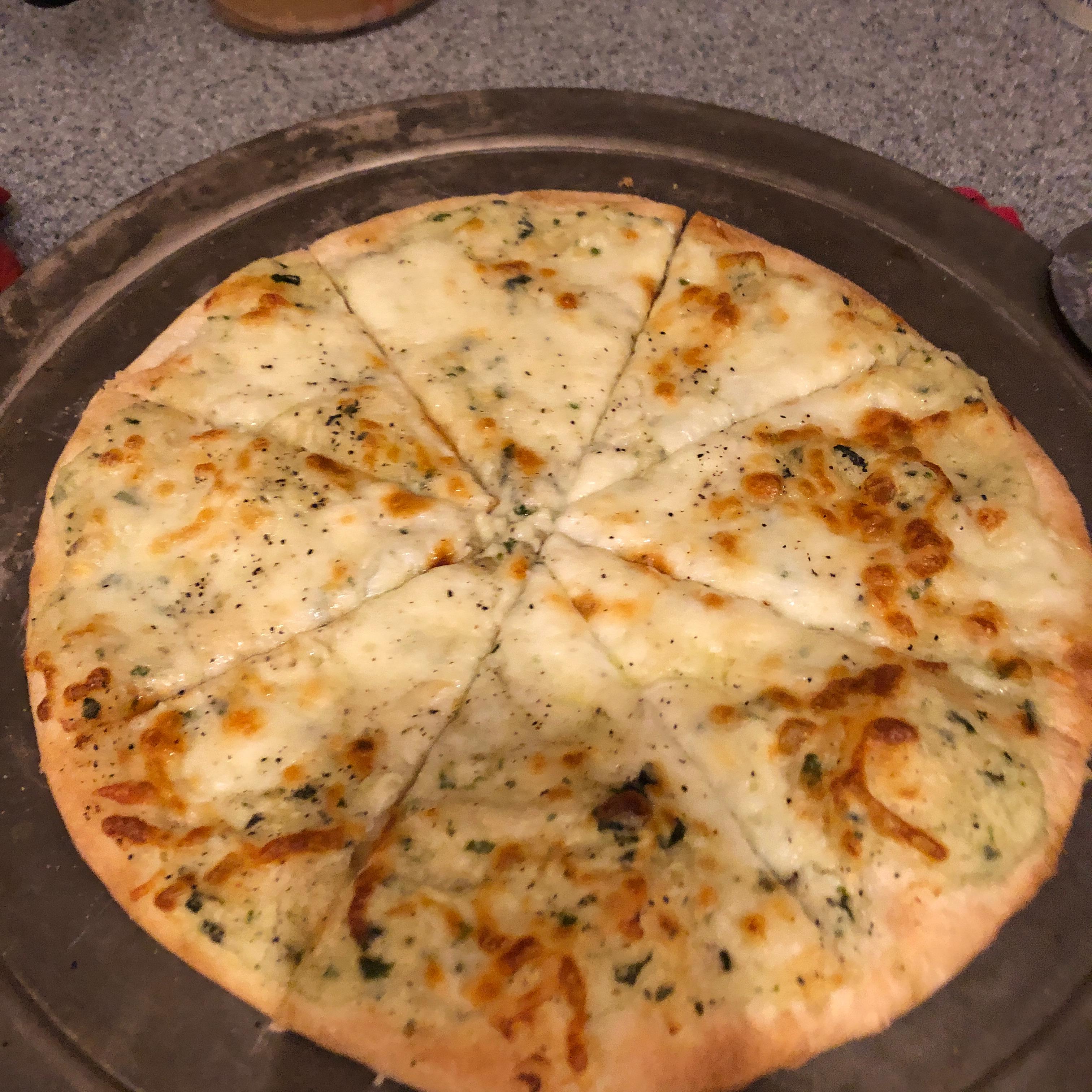 White Pizza Sauce Tarsha Simpson