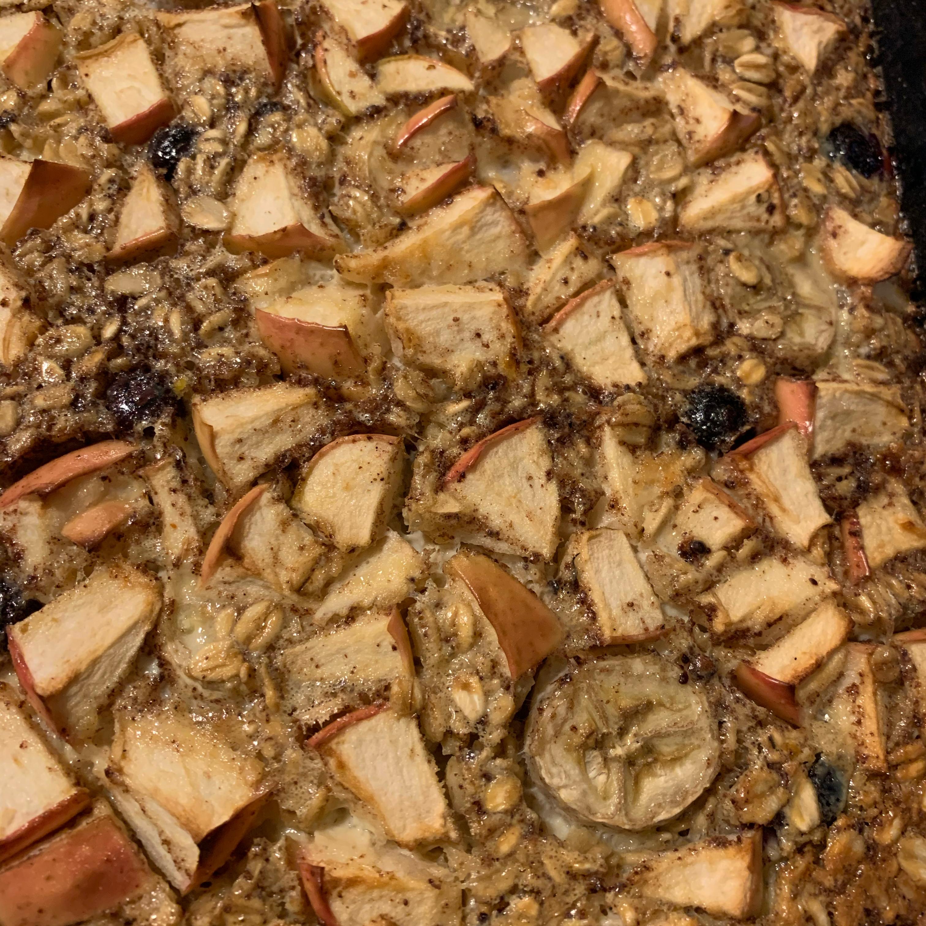 Baked Oatmeal with Cinnamon Ryan White