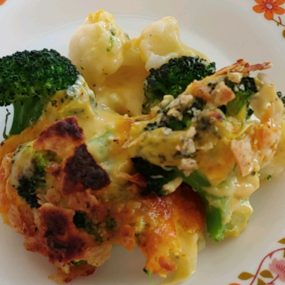 Cheesy Cauliflower and Broccoli Gratin