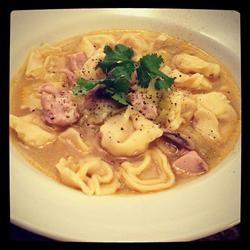 Mushroom, Leek, Chicken Sausage and Tortellini Soup Hot chef