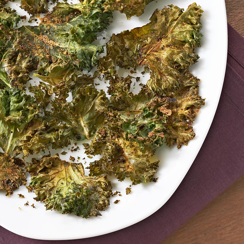 Green leafy veggies get addictively crispy in this simple snack recipe.