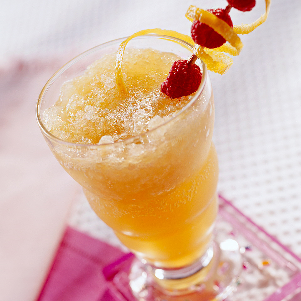 This fresh and fruity drink recipe is a good alternative to high-calorie fruit drinks or sodas.