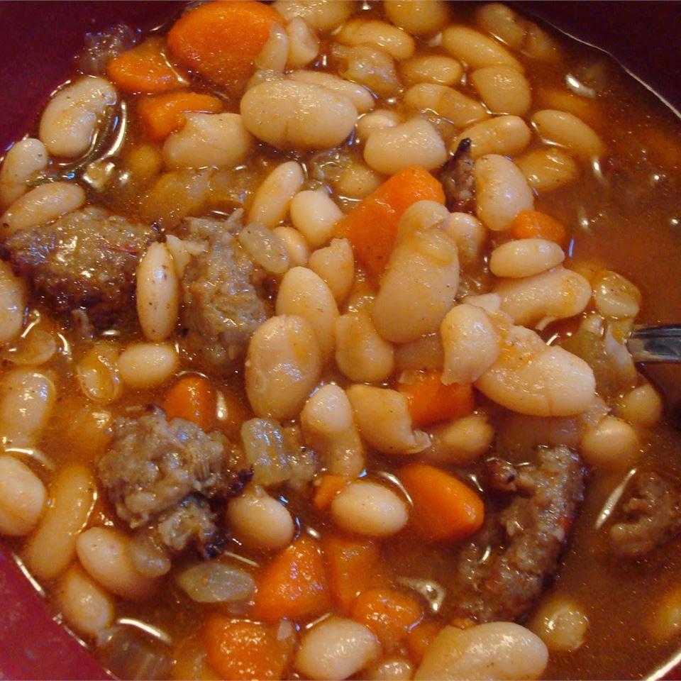 Sausage & White Bean Soup wantsthemoon