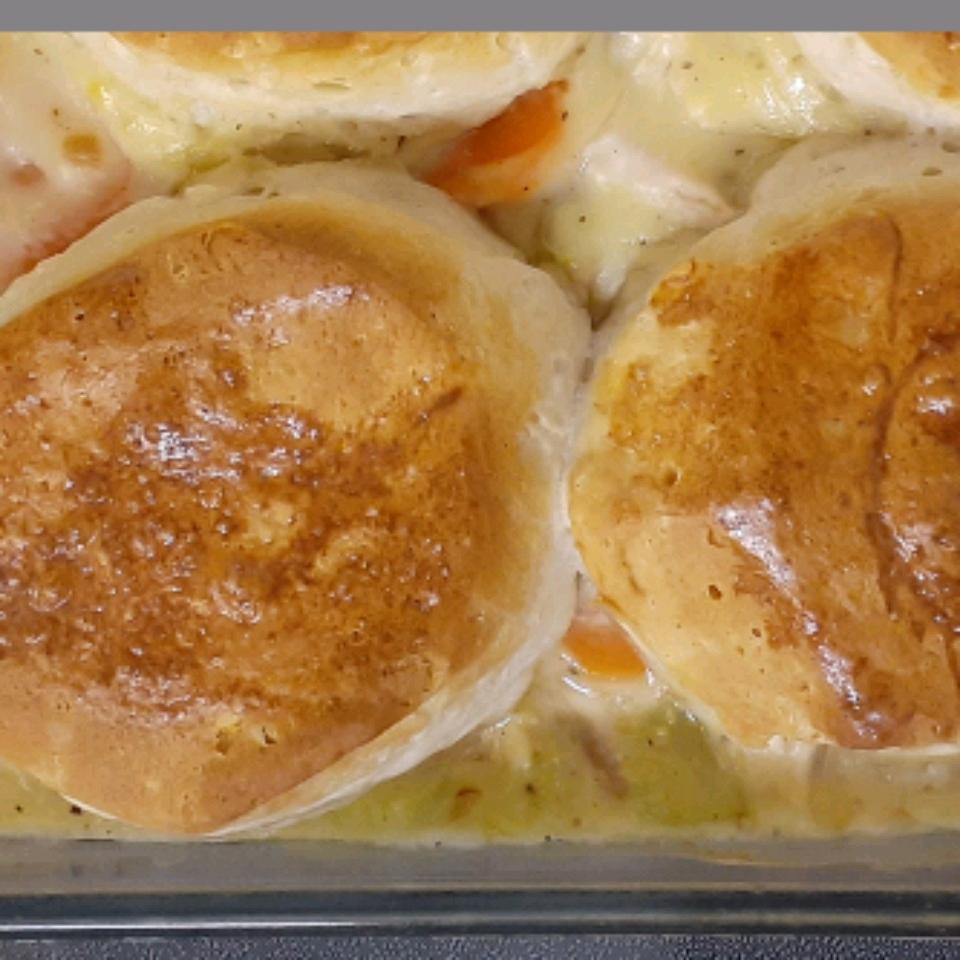 Mom's Fabulous Chicken Pot Pie with Biscuit Crust Lee Wilson