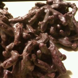 Fiber One® Chocolate-Peanut Butter Haystacks ilkaisha