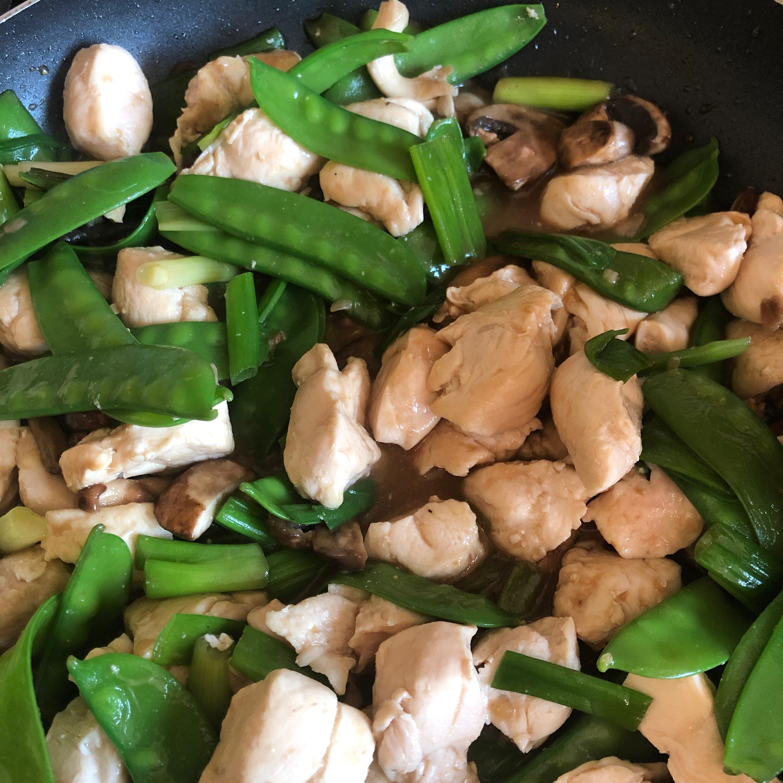 Avocado Chicken Stir-Fry