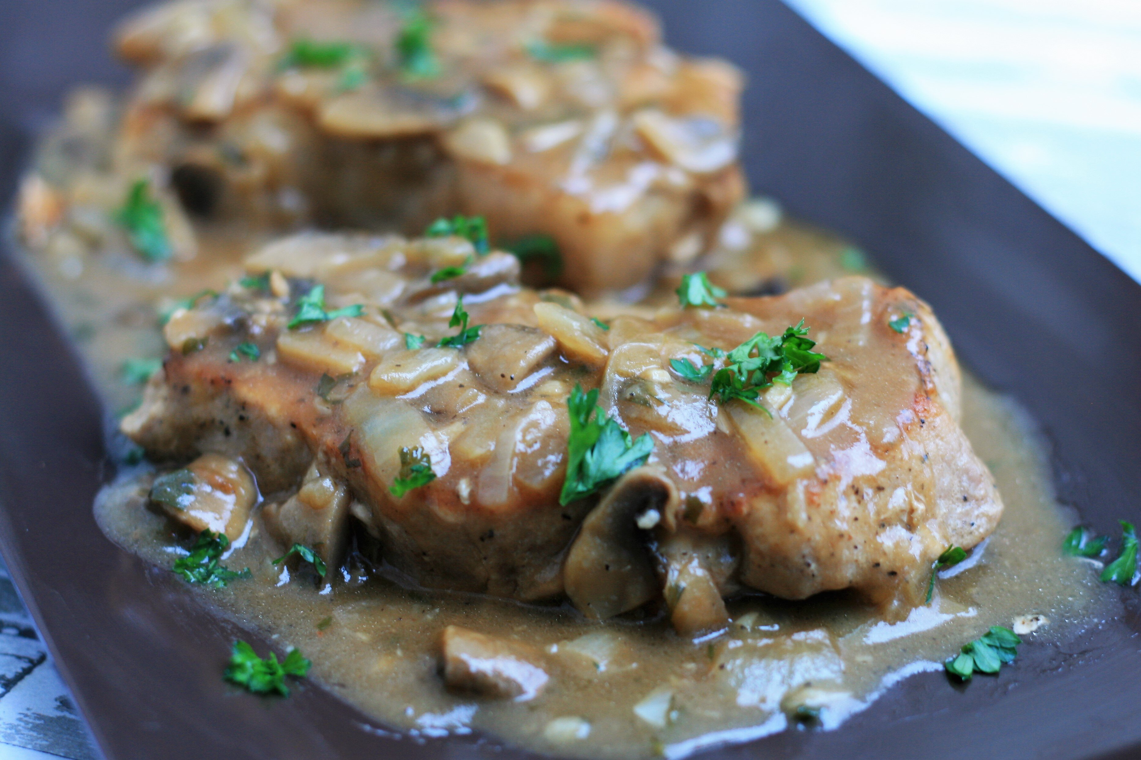 boneless pork chop recipes with brown gravy Southern Smothered Pork Chops in Brown Gravy