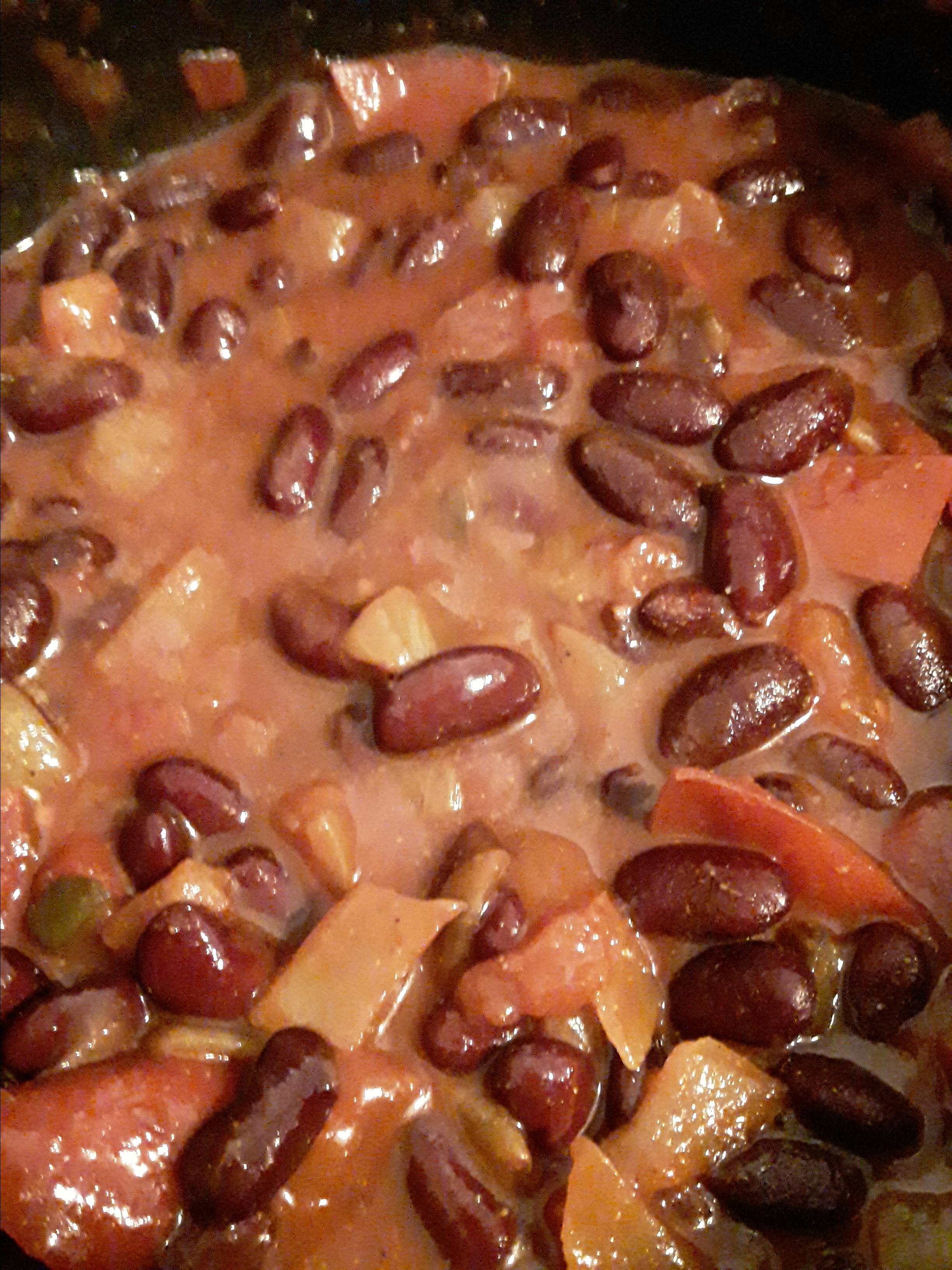 Fasoulia (Breakfast Kidney Bean Dish)