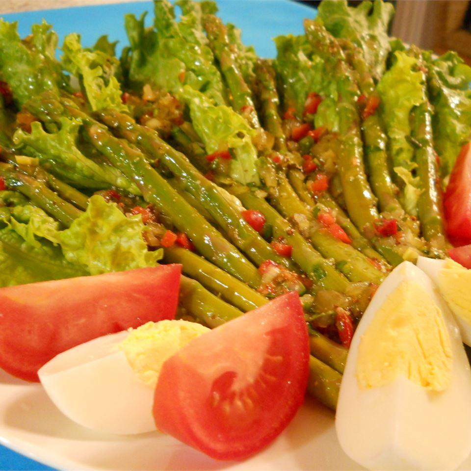 Asparagus Vinaigrette pelicangal