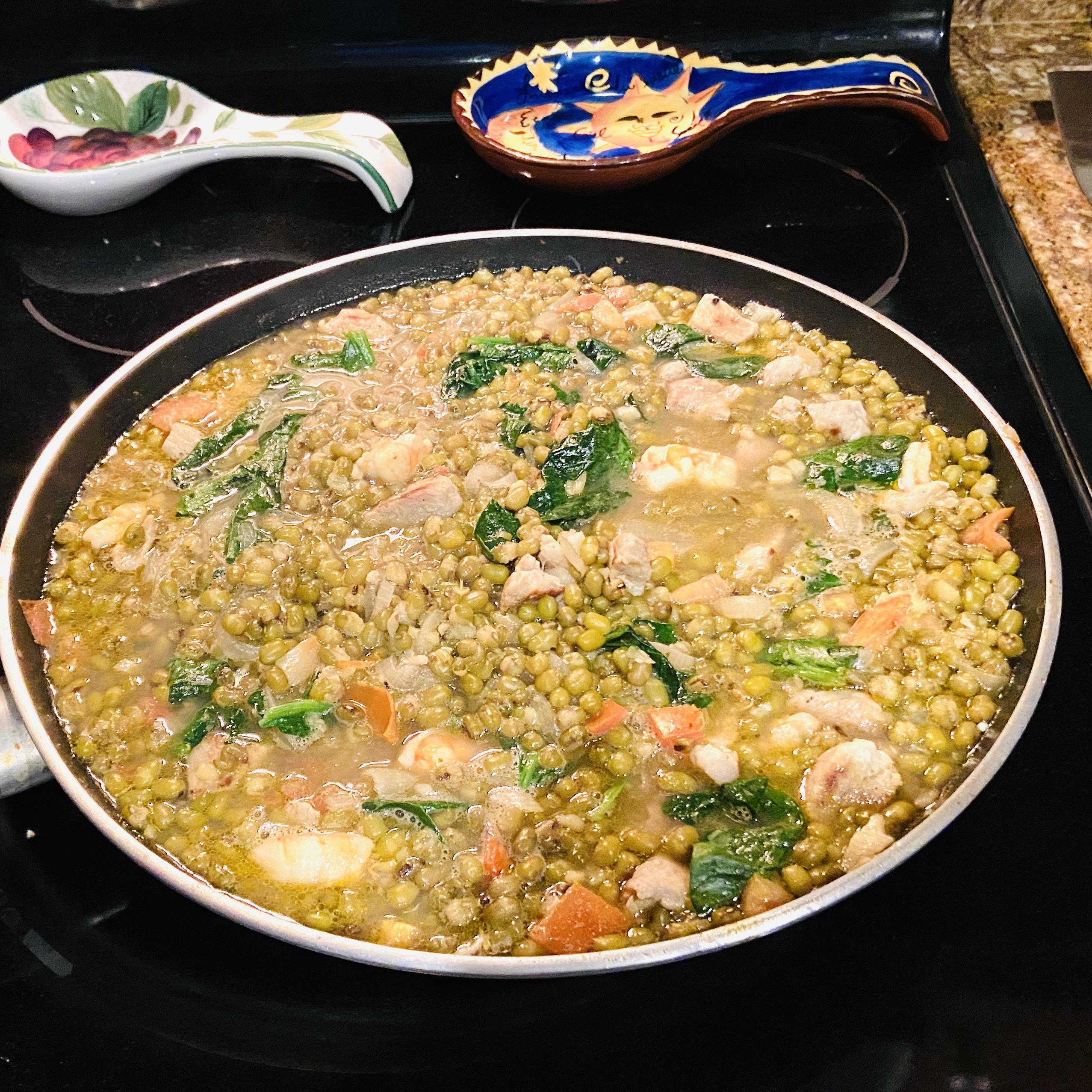 Mongo Guisado (Mung Bean Soup) khryz