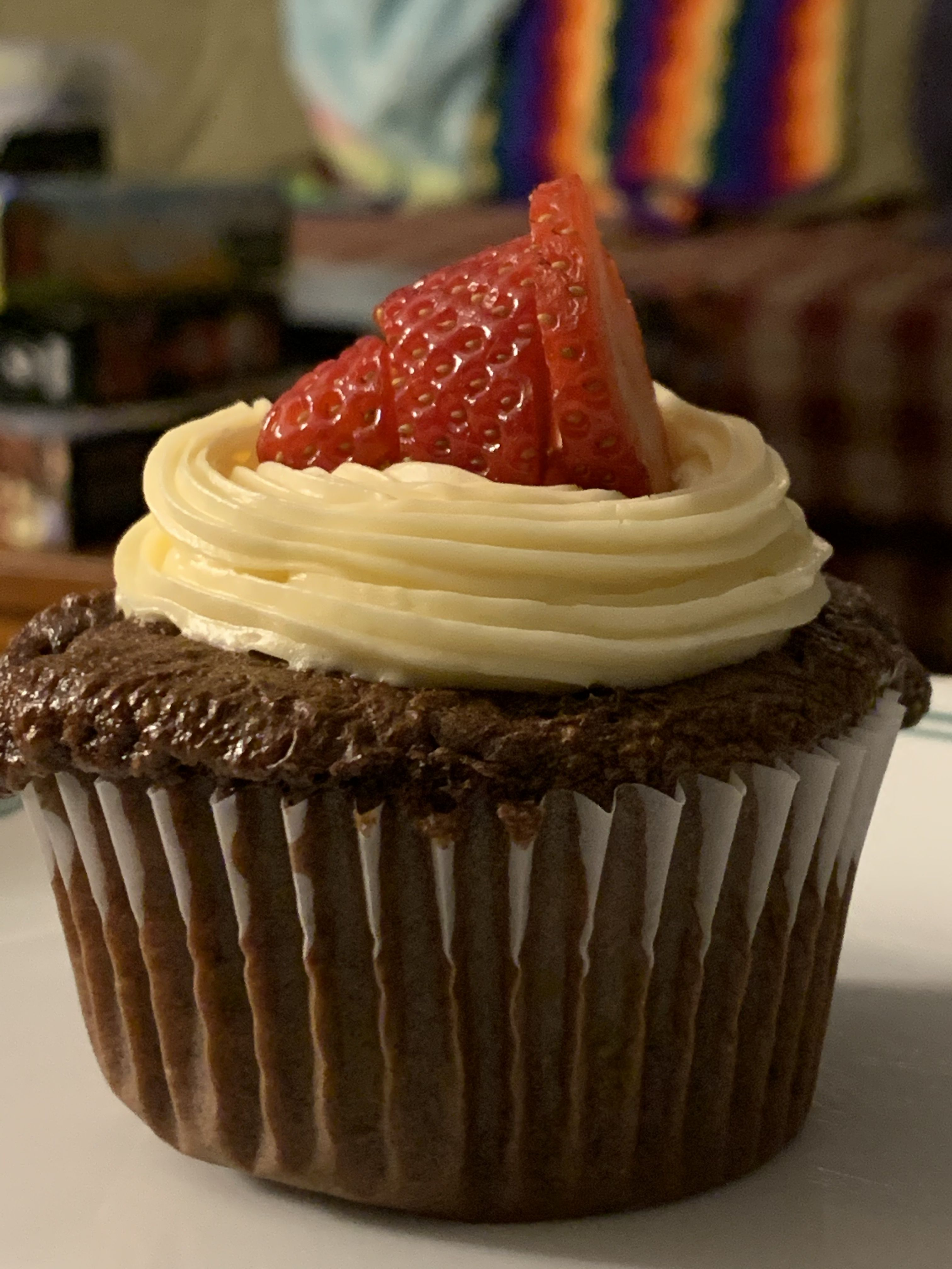 Chocolate-Dipped Strawberry Cupcakes