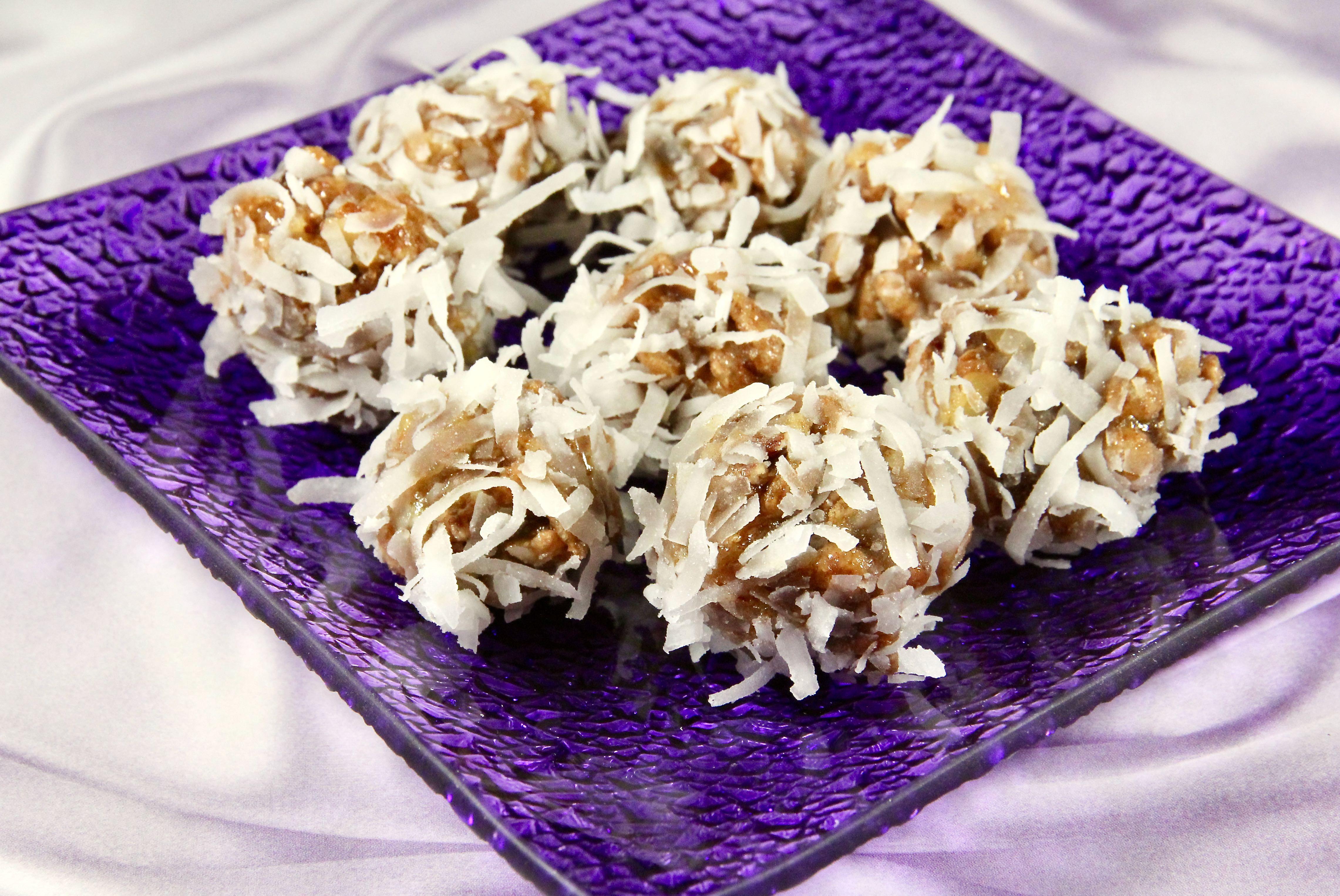 Grandma's Crispy Date and Pecan Cookies