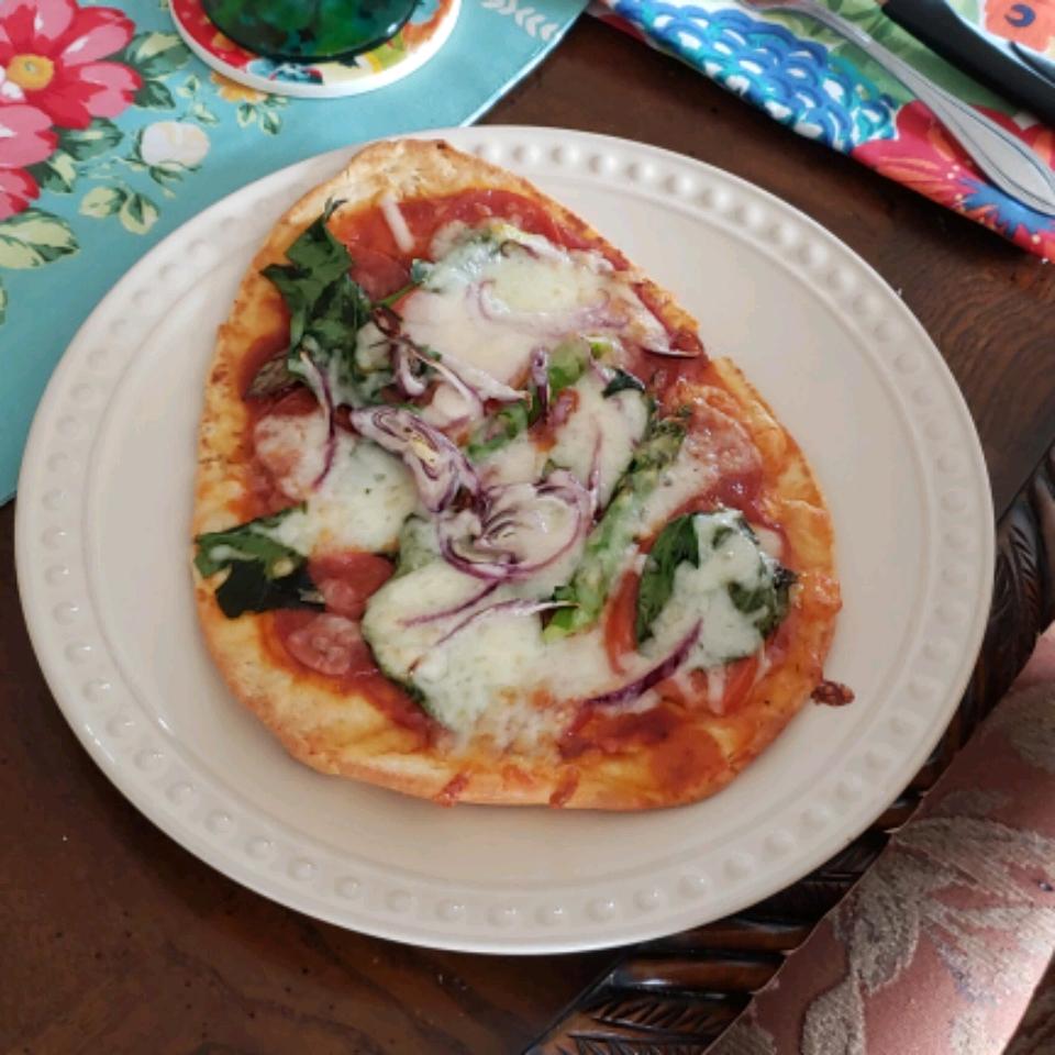 Naan Veggie Pizza