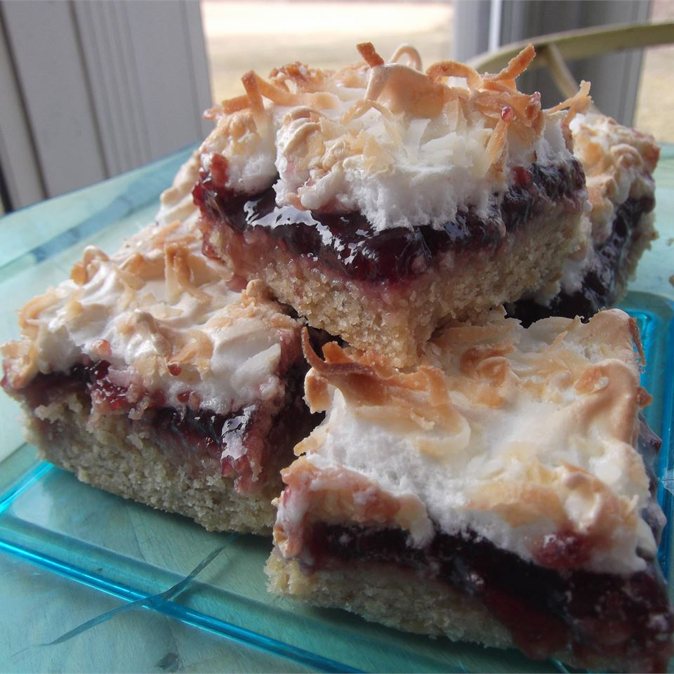 Almond-Raspberry Meringue Bars