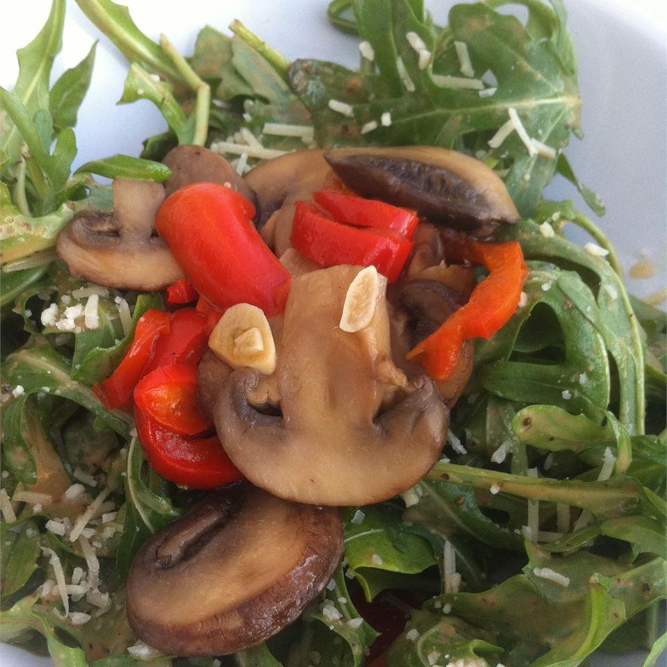 Roasted Portobello, Red Pepper, and Arugula Salad for One