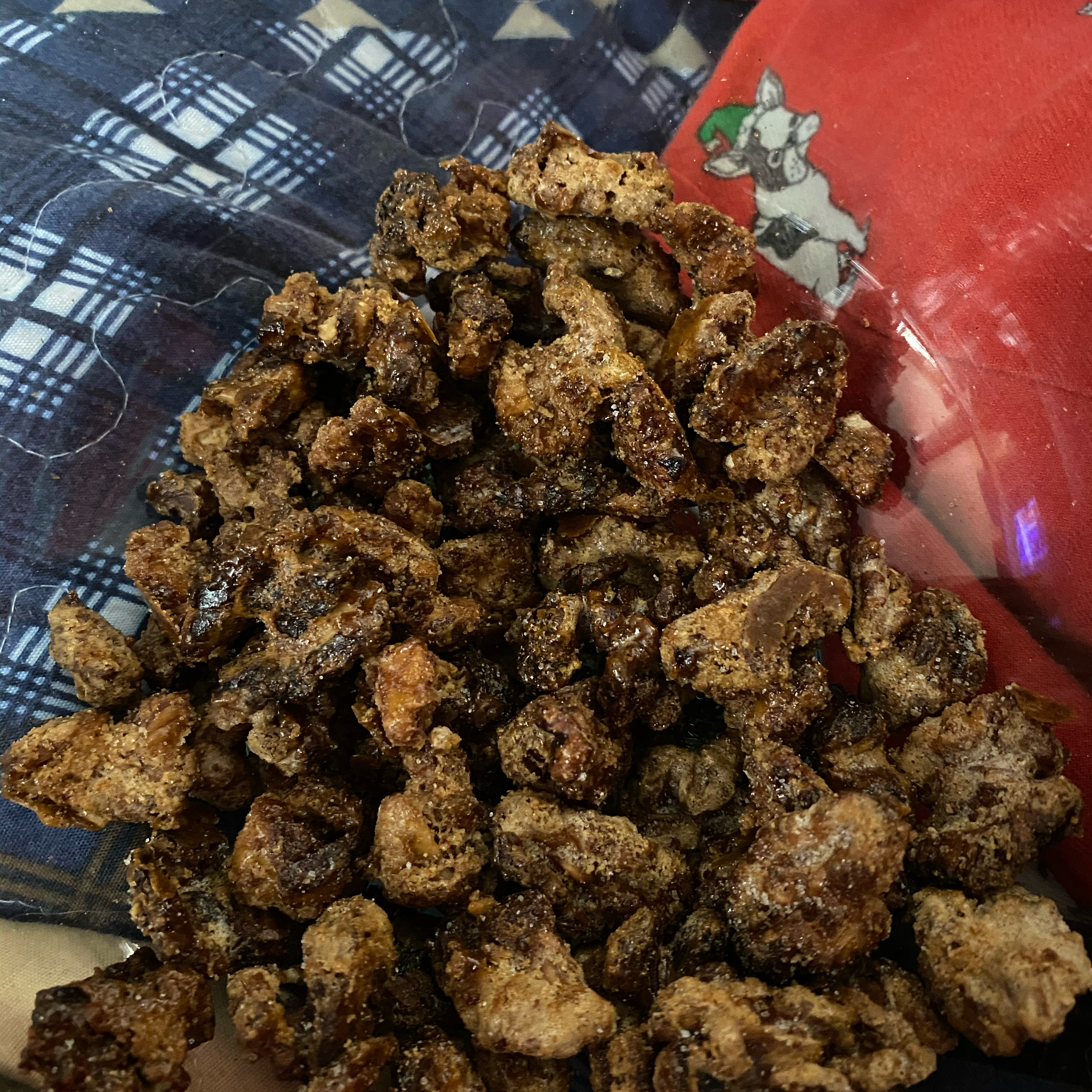 Crusted Cinnamon Walnuts