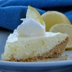 Lemon Cloud Pie I mominml
