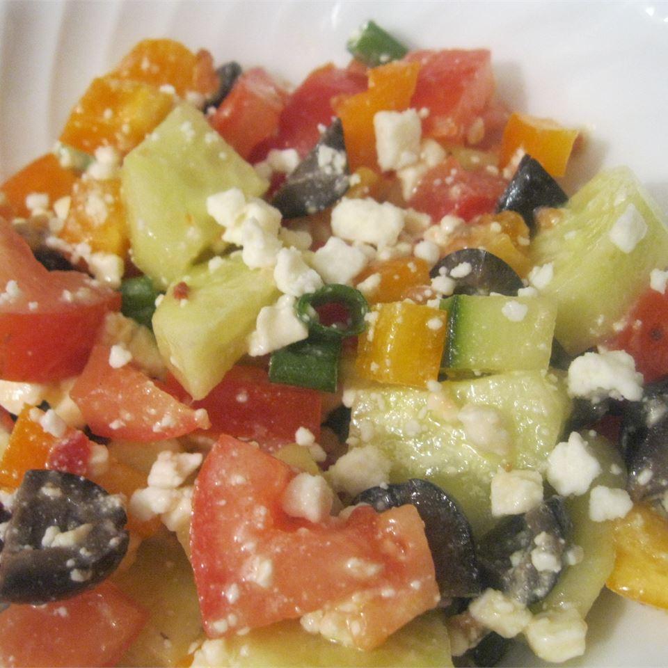 Sylvia's Easy Greek Salad amandak23k