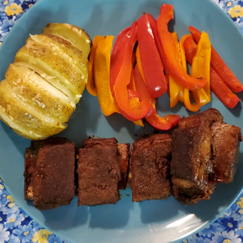 Grilled BBQ Short Ribs with Dry Rub