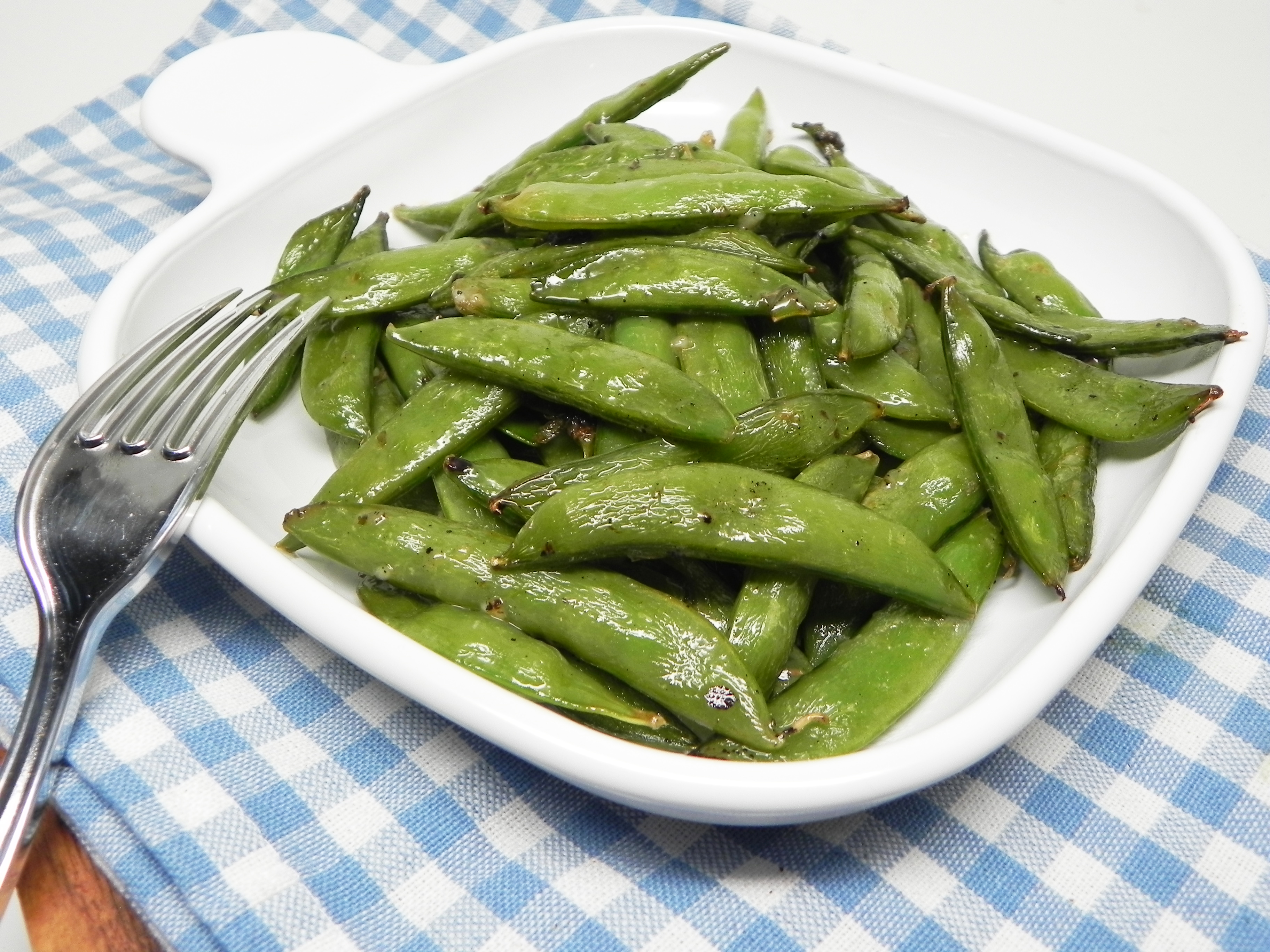 Baked Sugar Snap Peas with Ranch