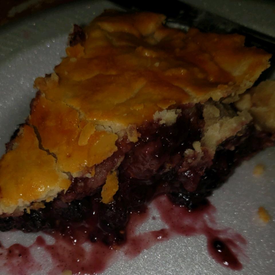 Mulberry Spice Pie Elizabeth