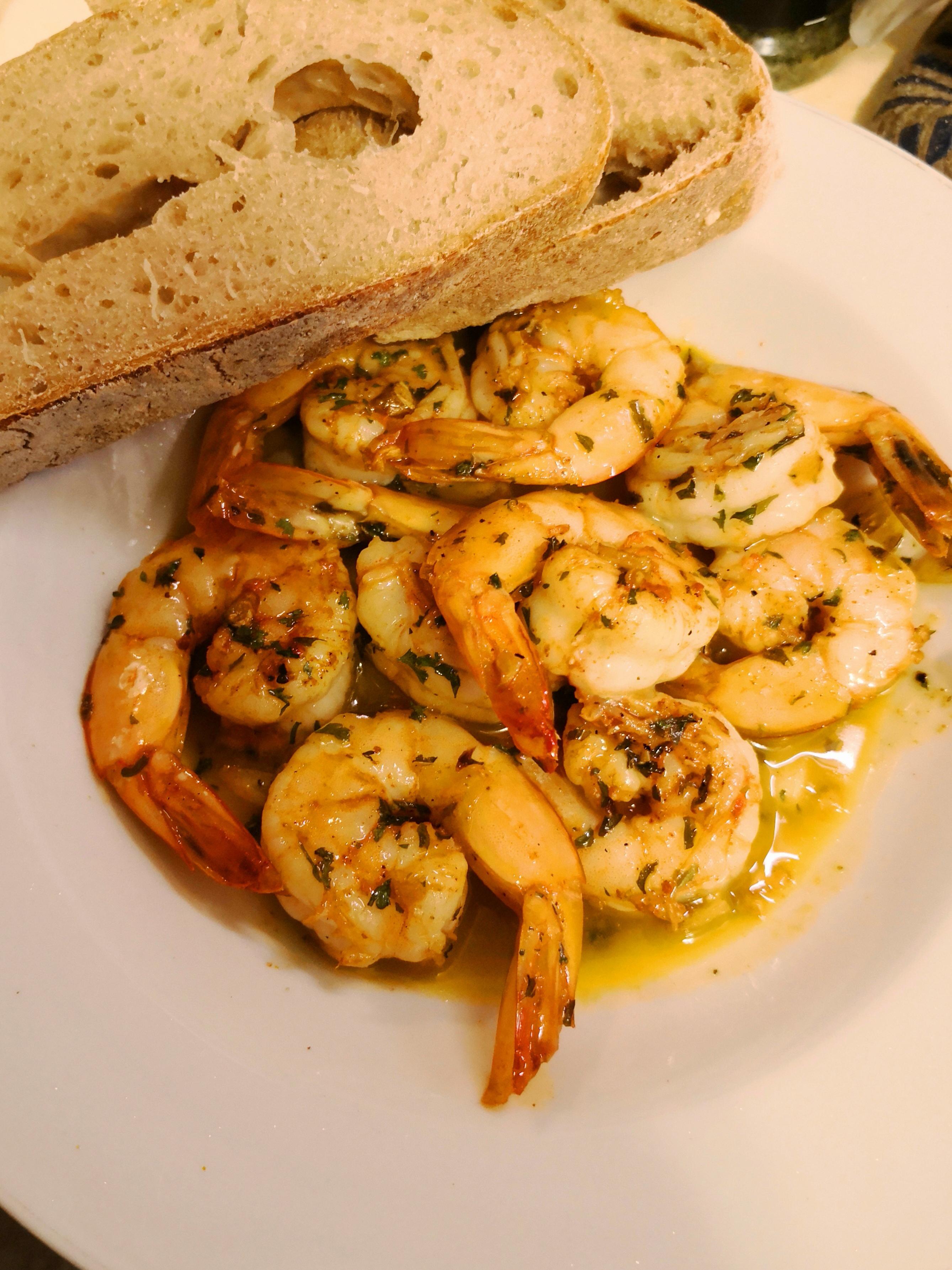 Spanish Garlic Shrimp (Gambas al Ajillo)