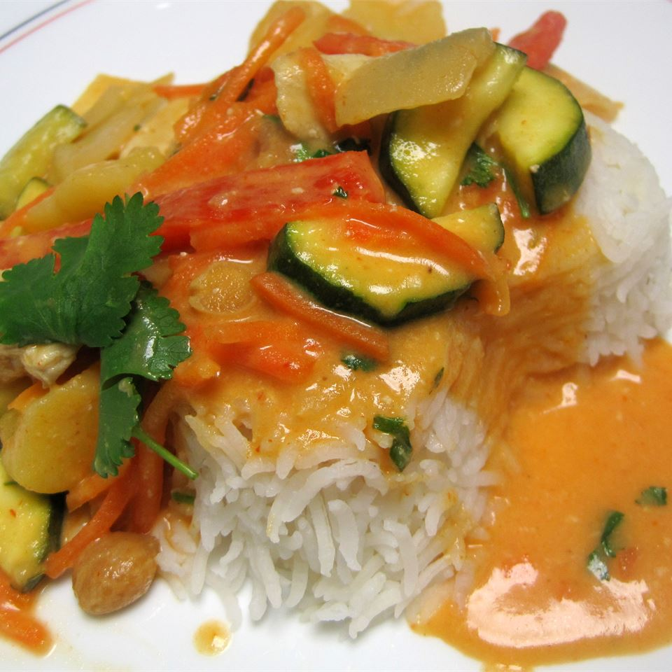 Thai Red Chicken Curry THEKNACKEREDCHEF
