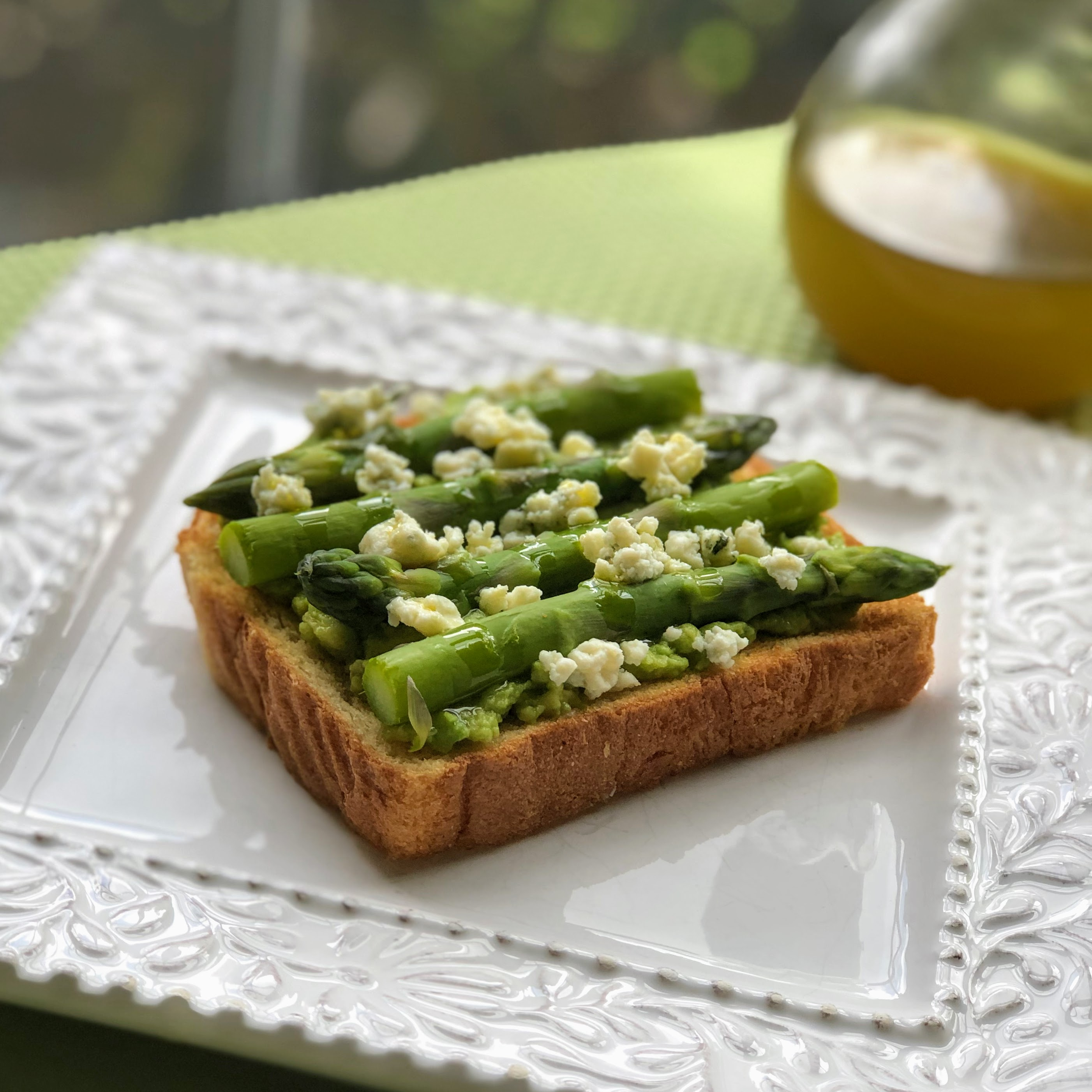 Asparagus and Blue Cheese Avocado Toast