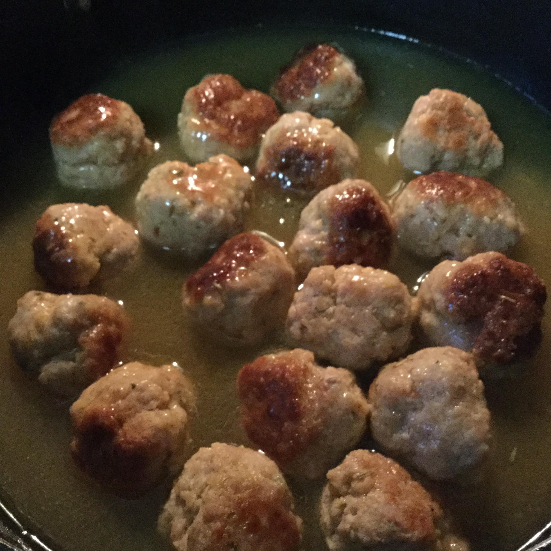 Pork Meatballs in White Wine Sauce