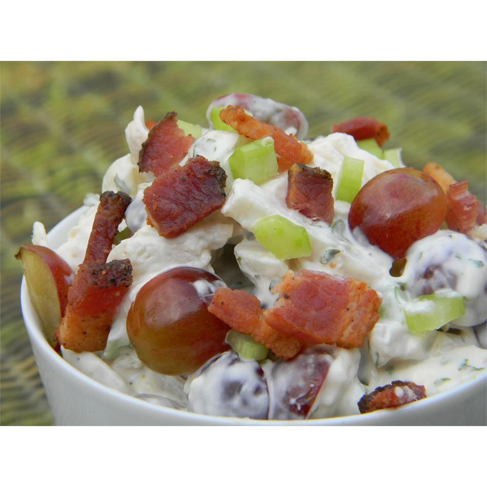 Chicken Salad With Bacon and Red Grapes