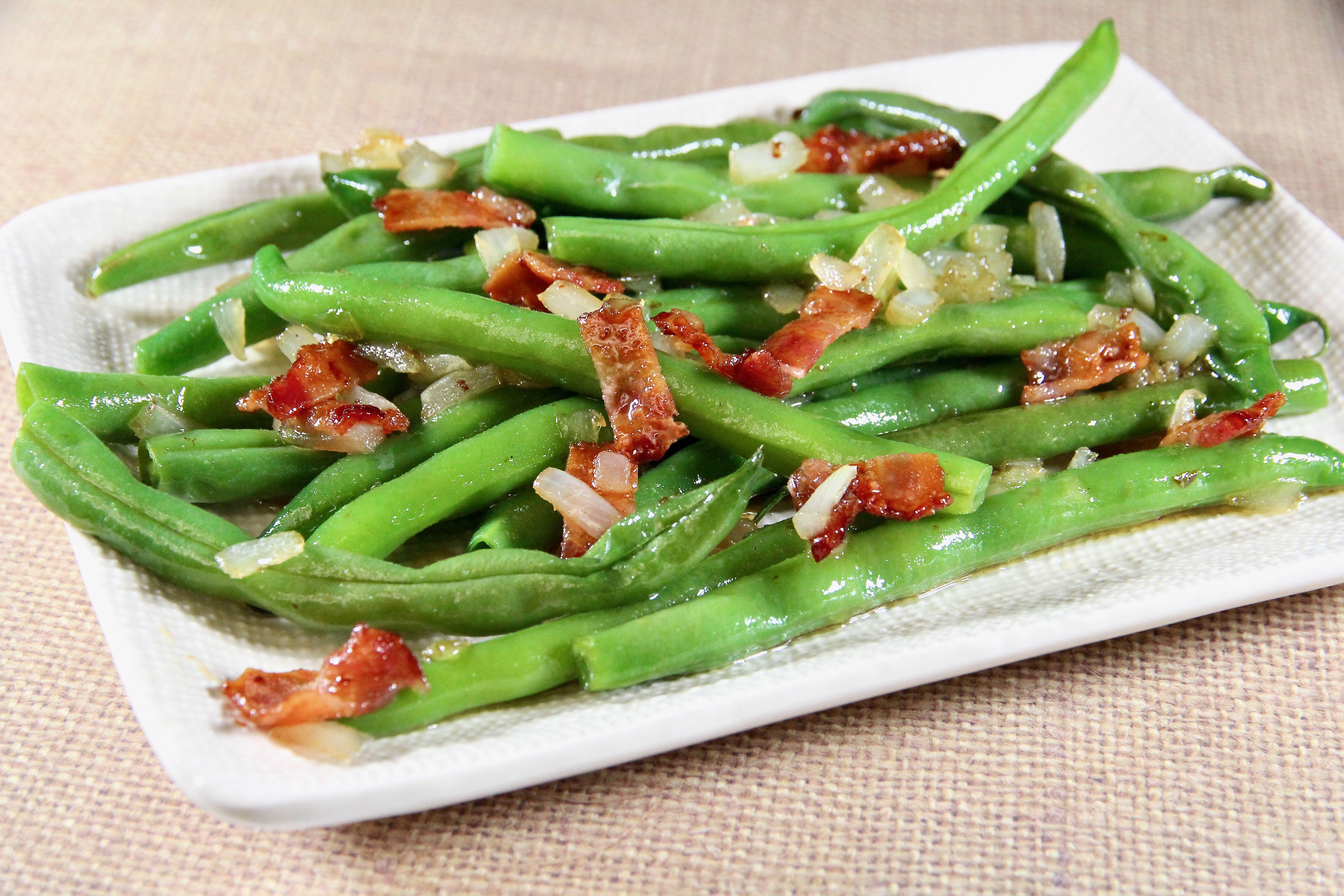 Grandma's Green Beans with Bacon Vinaigrette