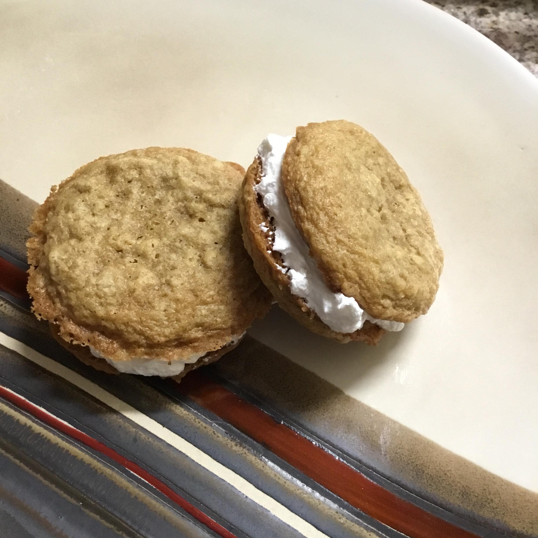 Oatmeal Cinnamon Cream Pies Debra Poulin-Belair