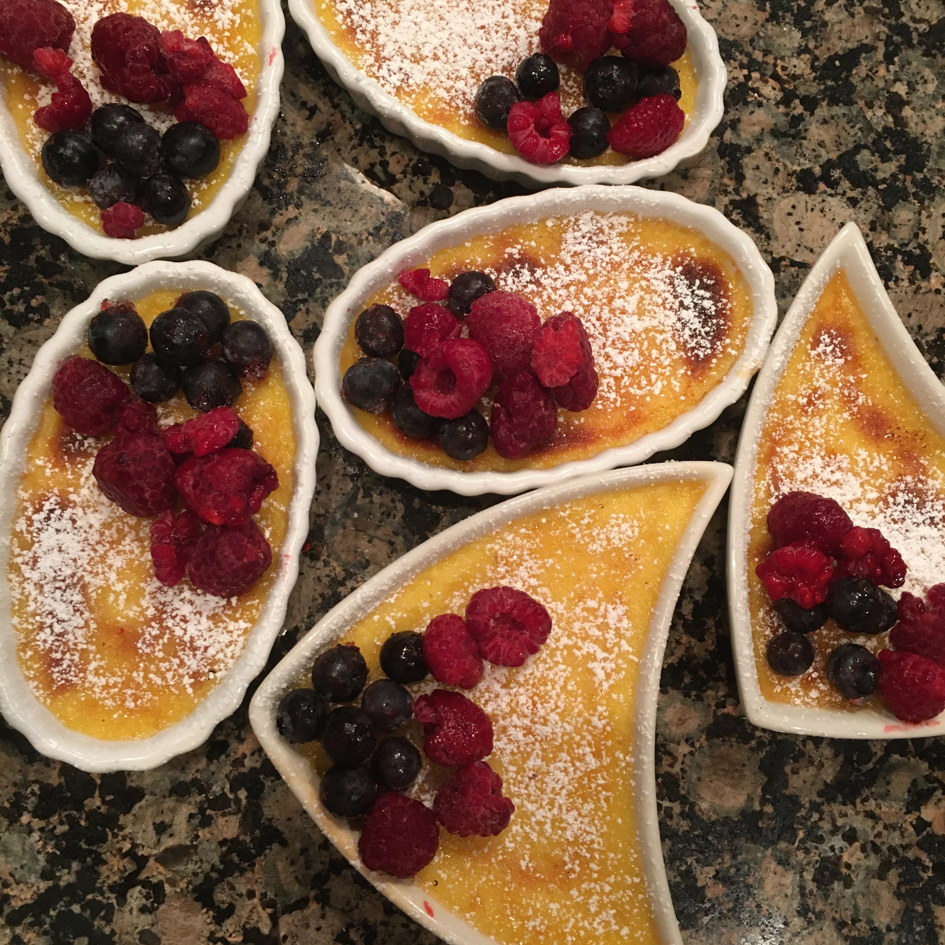 Simple Creme Brulee Dessert
