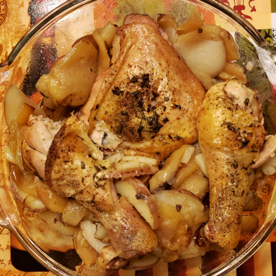 Rosemary-Roasted Chicken with Apples and Potatoes rplummer