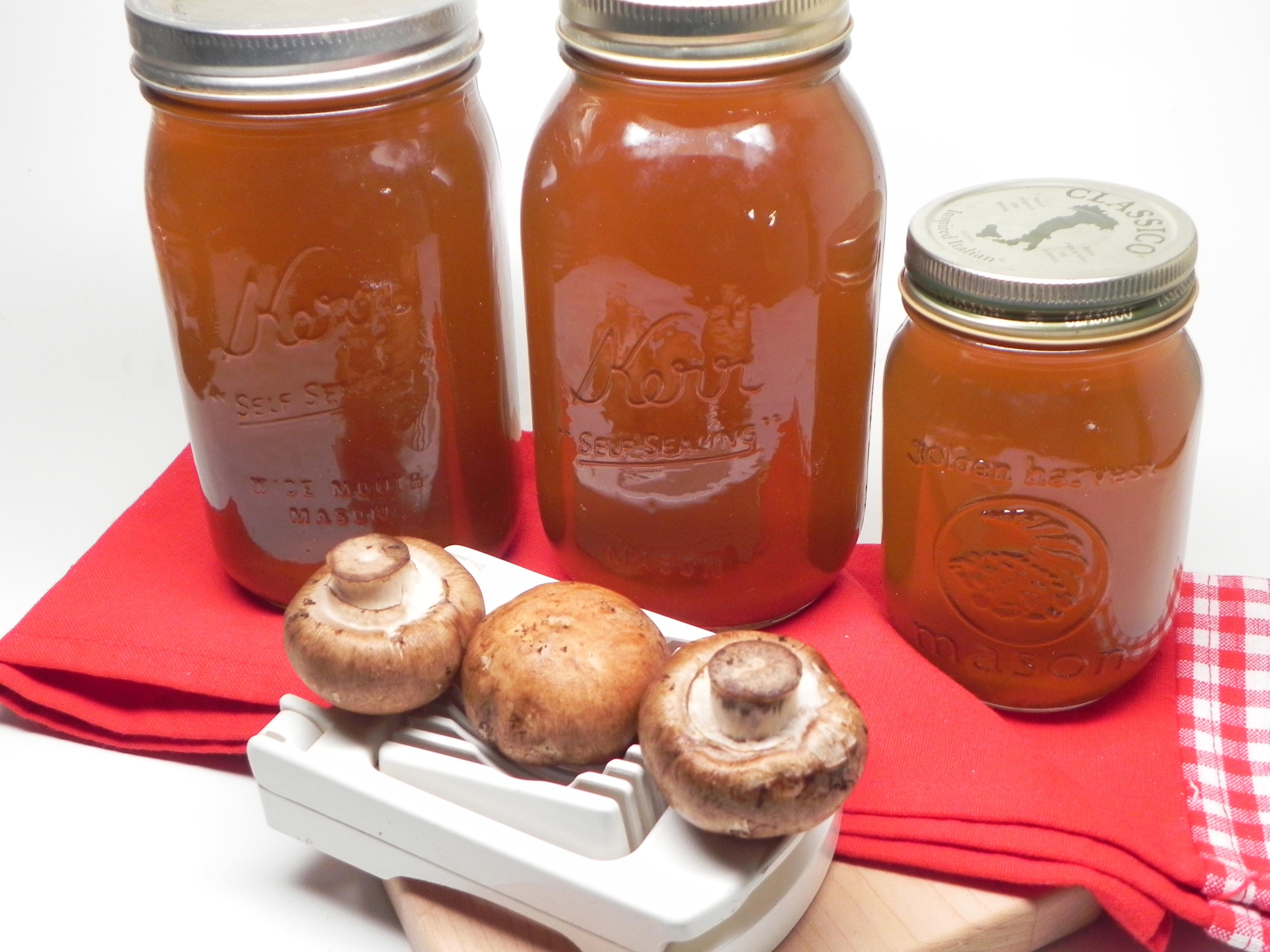 Instant Pot® Mushroom Broth