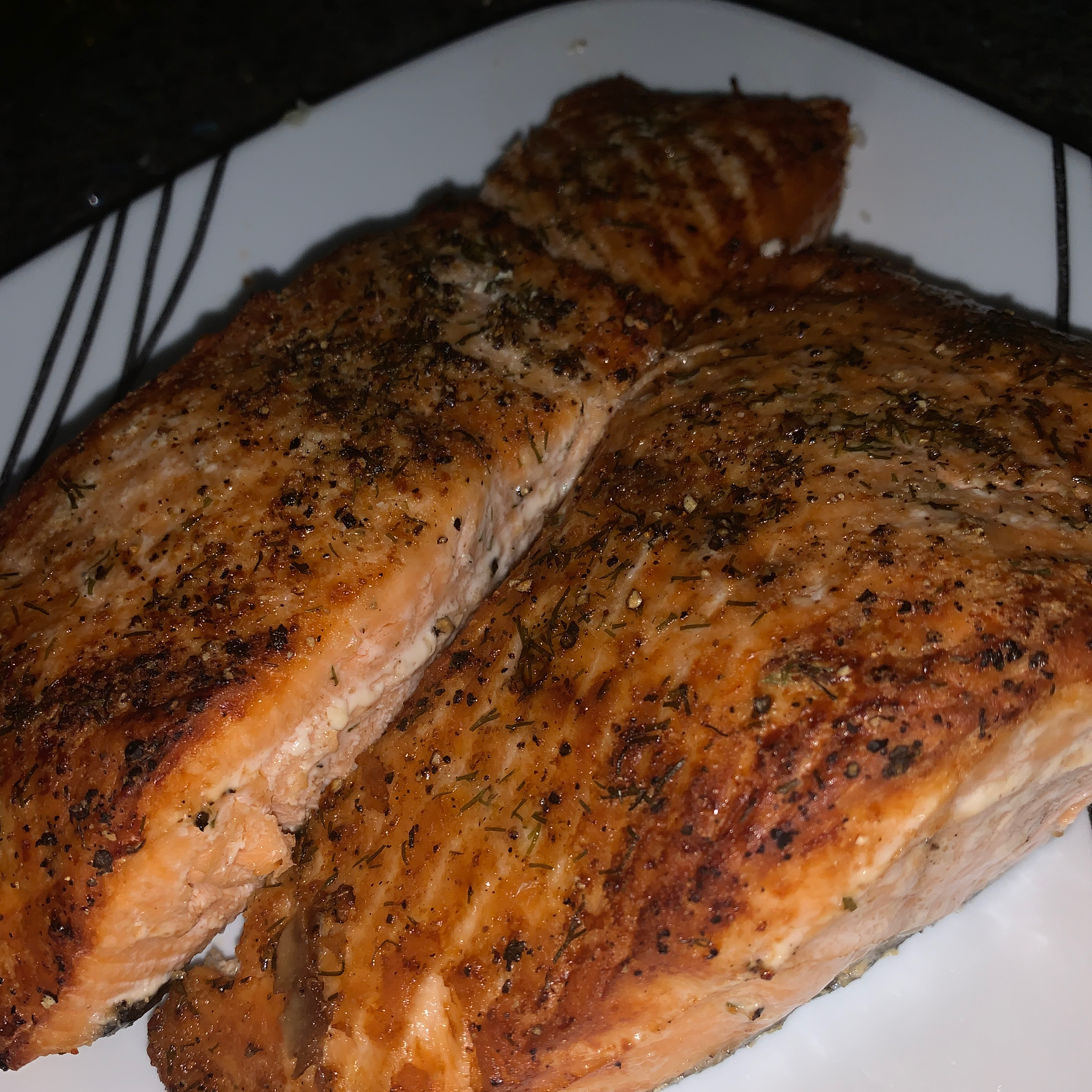 Grilled Salmon with Maple Syrup and Soy Sauce seeaiman