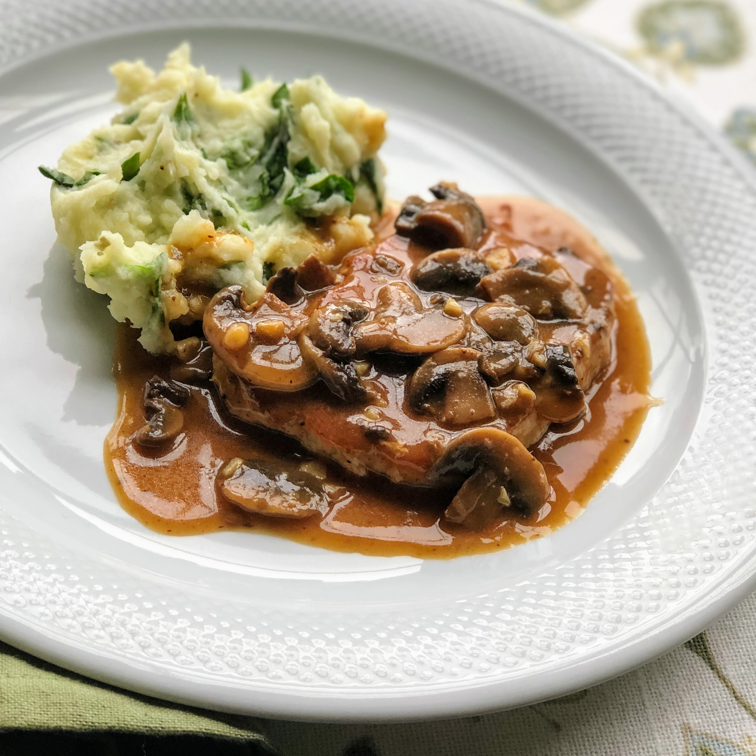 Pork Chops in Garlic Mushroom Sauce April Broxton