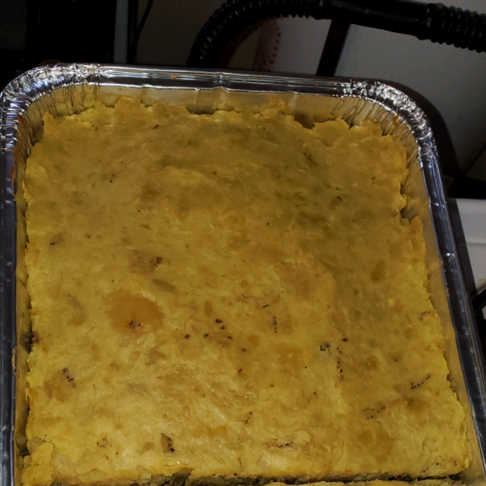 Pastelon de Platano Maduro (Dominican-Style Yellow Plantain Pie)