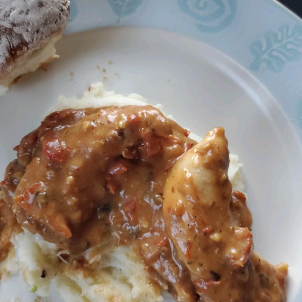 Easy Creamy Chicken in a Sun-Dried Tomato Wine Sauce pruny1
