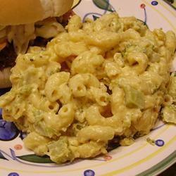 Slow Cooker Macaroni and Cheese with Broccoli Lindalou