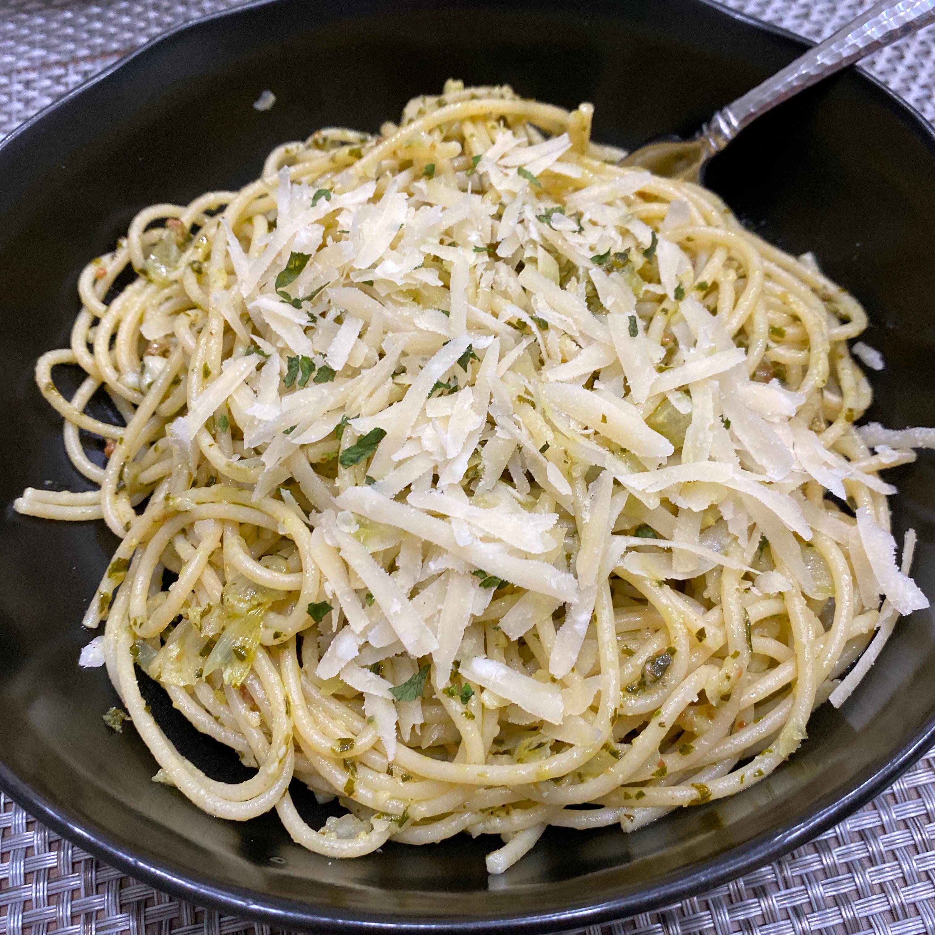 Pesto Pasta cbcgurl82