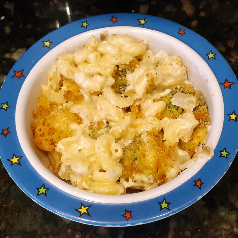 Homemade Mac and Cheese Casserole