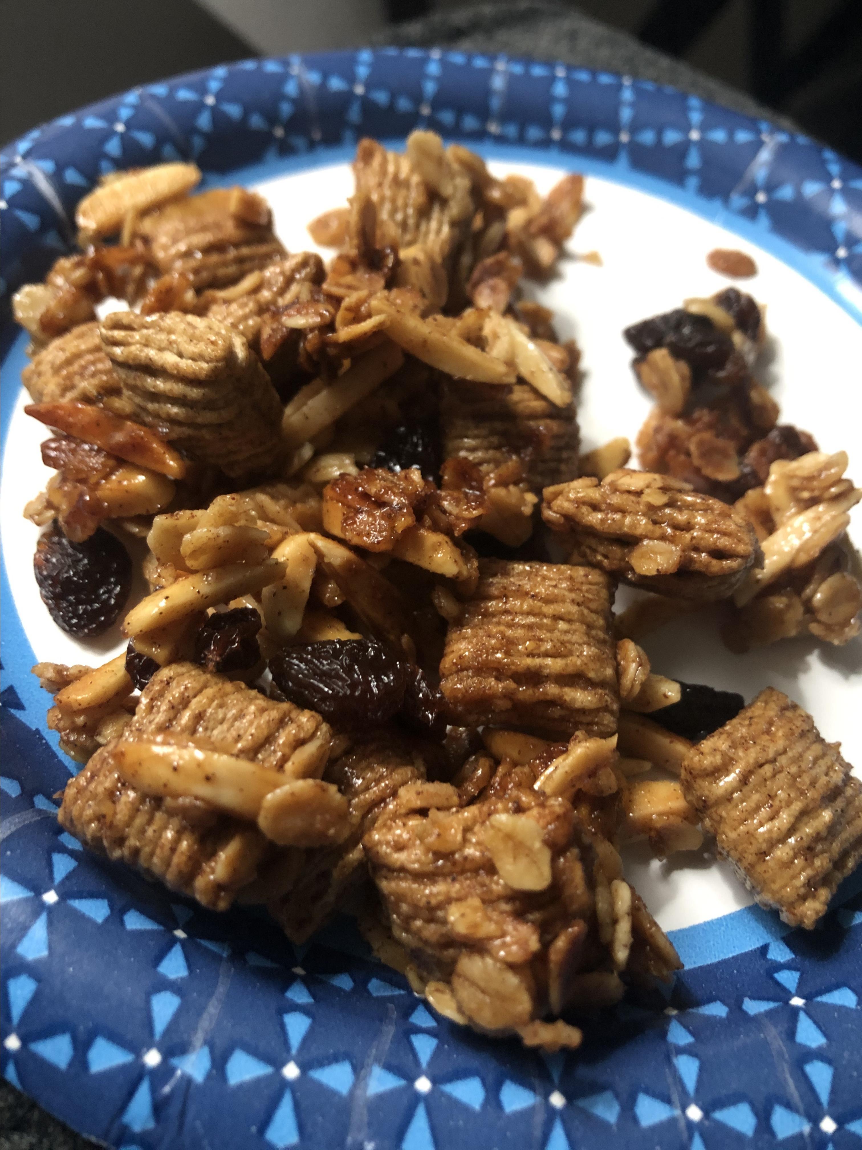 Grandma Dalley's Honey Granola Raven Hart