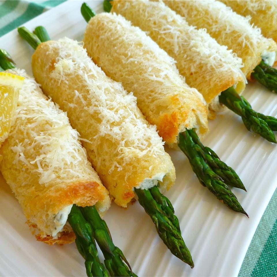 Asparagus Roll Ups luckoftheIrish