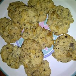 Buttermilk Chocolate Chip Cookies LisaNJ77