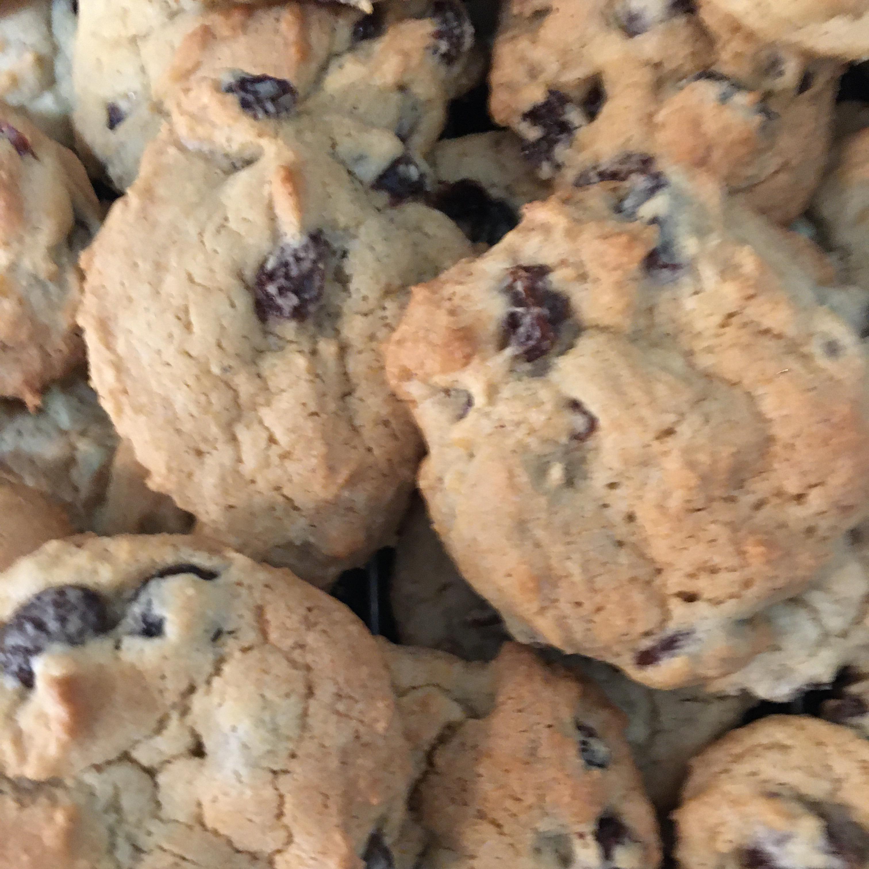 Jumbo Raisin Cookies MAP