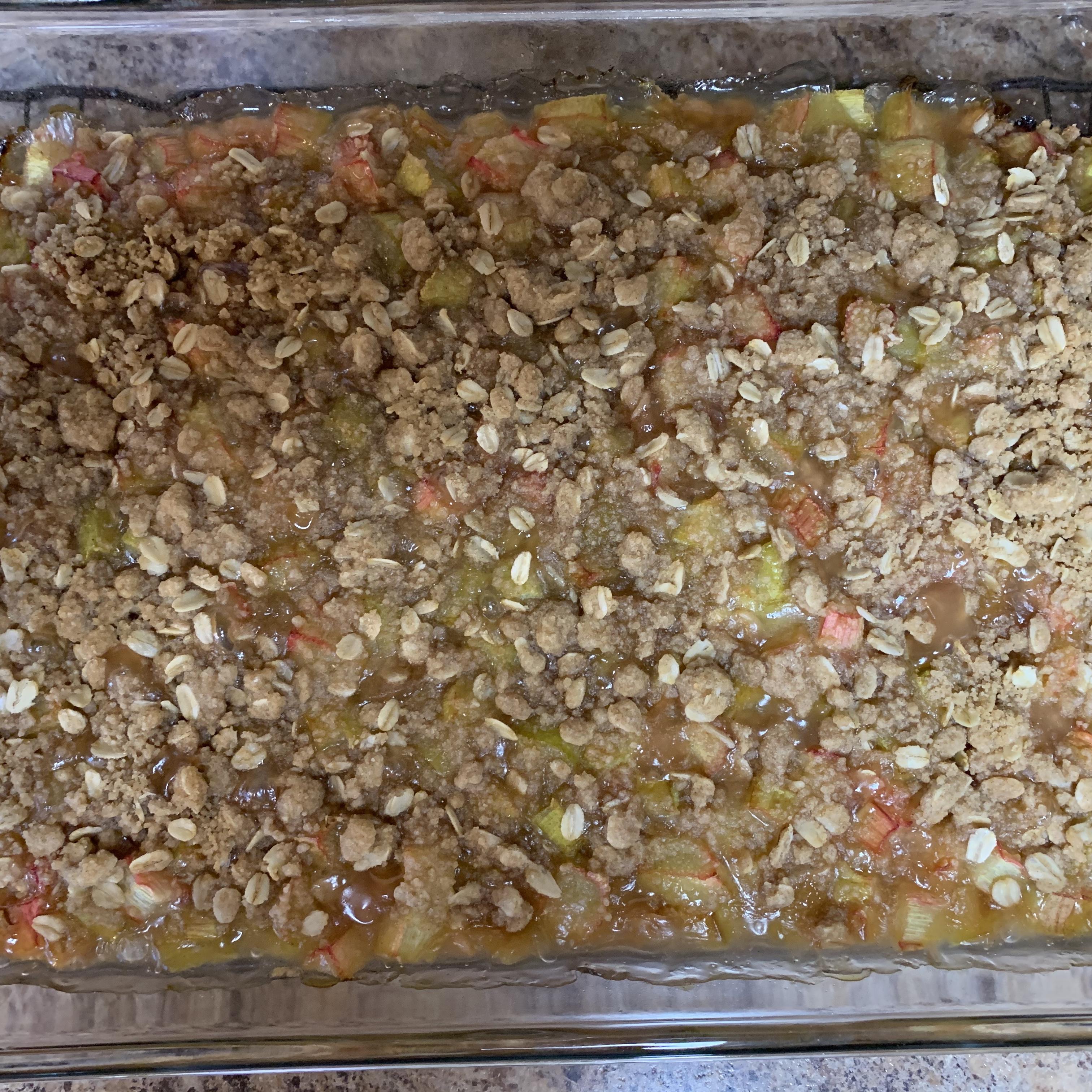 Easy Rhubarb Crisp cindy