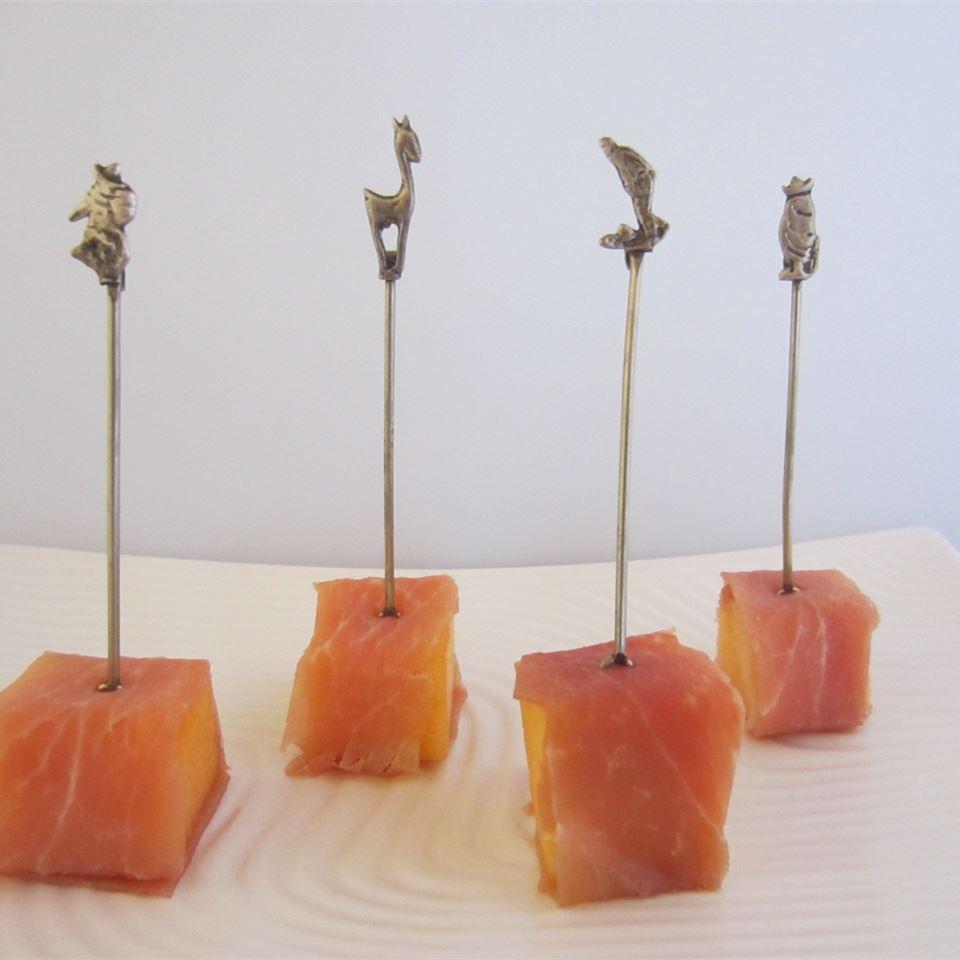 Prosciutto e Melone (Italian Ham and Melon)