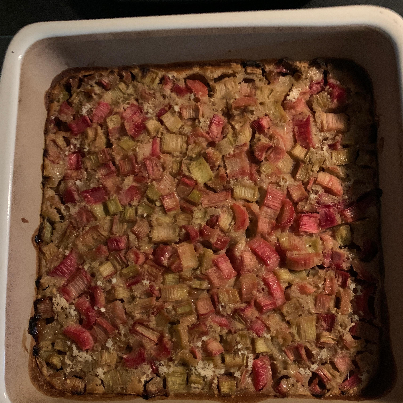 Grandma Bev's Rhubarb Dessert (Rhubarb Crisp) Koorsenmom